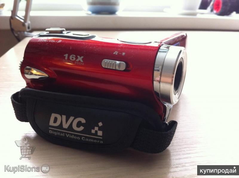 Продаю видео камеру