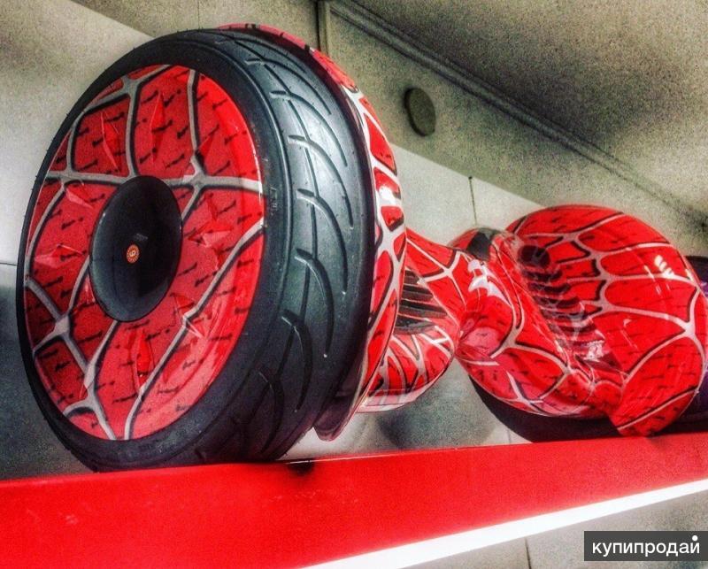 Красный гироскутер