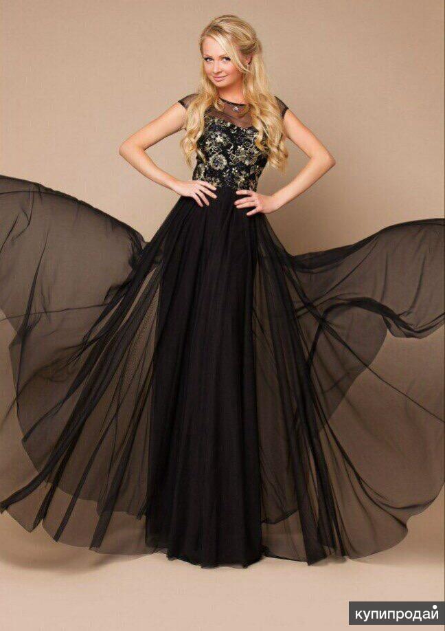 Платье с сеткой в пол