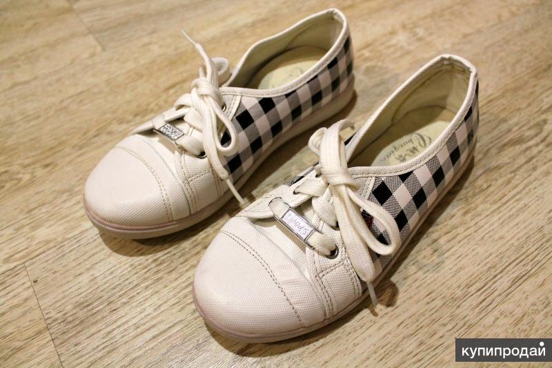 Низкие кеды (Обувь)