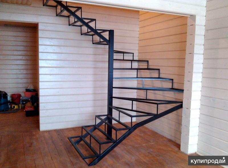 Металлический сварной каркас лестницы для дома/дачи, нежилого помещения