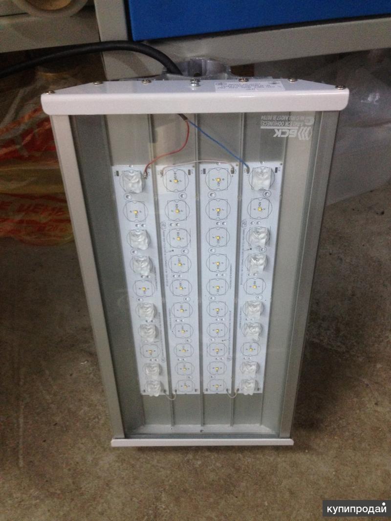 Уличный светильник GALAD Стандарт LED-40-ШО/М/К50 и ДКУ02-40-001У1