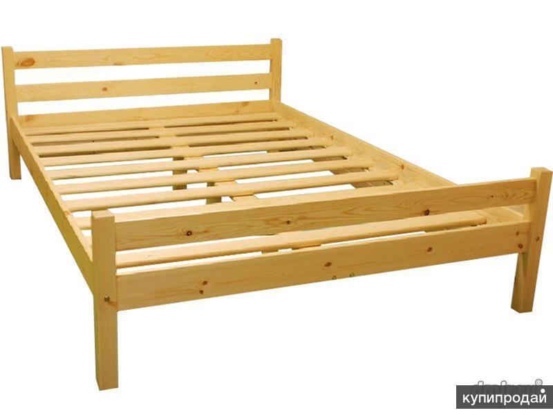 Кровать из сосны для дачи
