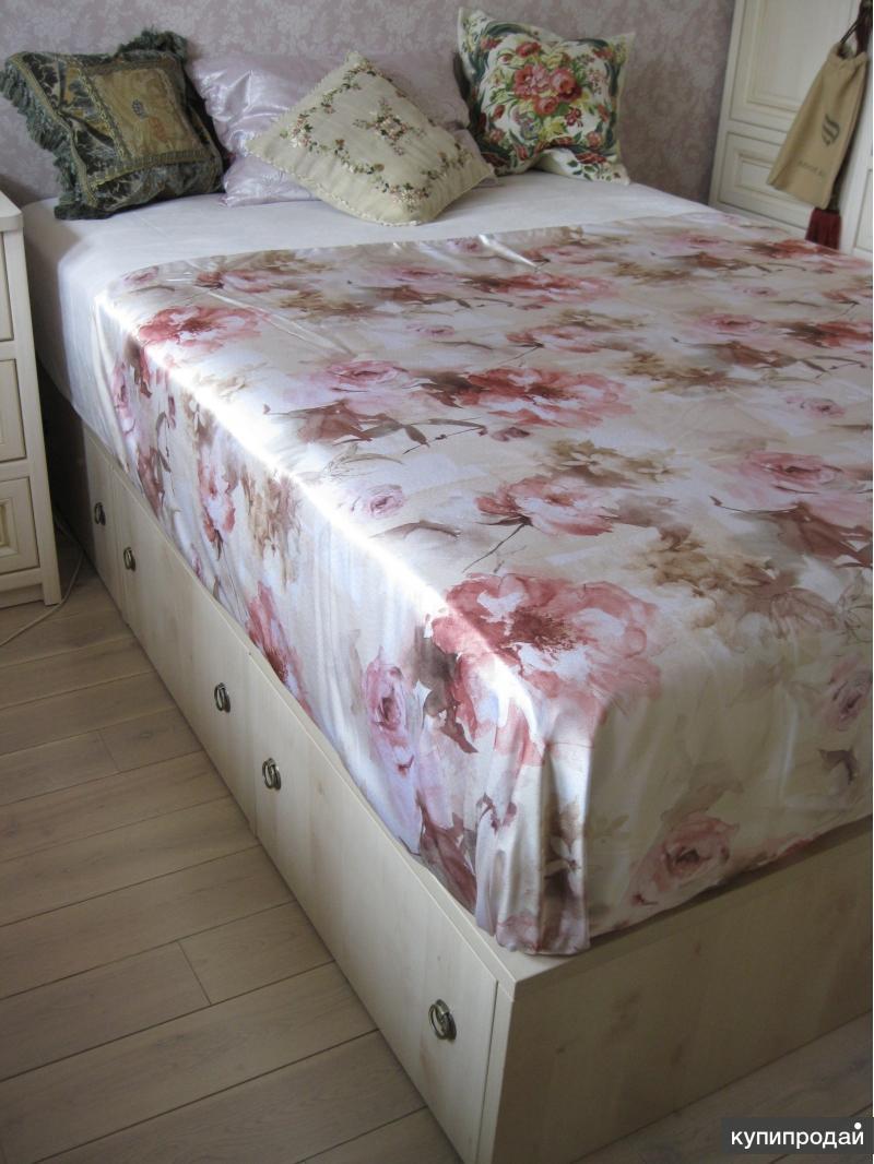 Новая удобная кровать с ящиками ( для новоселов)