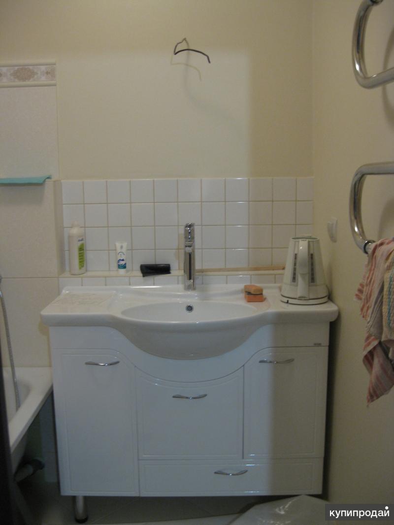Для ванной комнаты тумба с умывальником