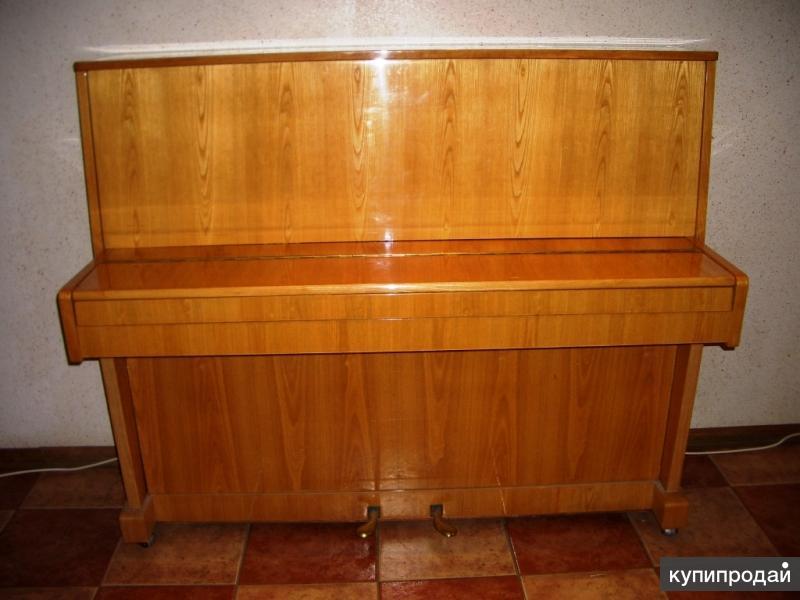 """Продам пианино.""""Алатырь"""".(пр-во г.Алатырь,ЧАССР)Светло-коричневого цвета.Полиров"""