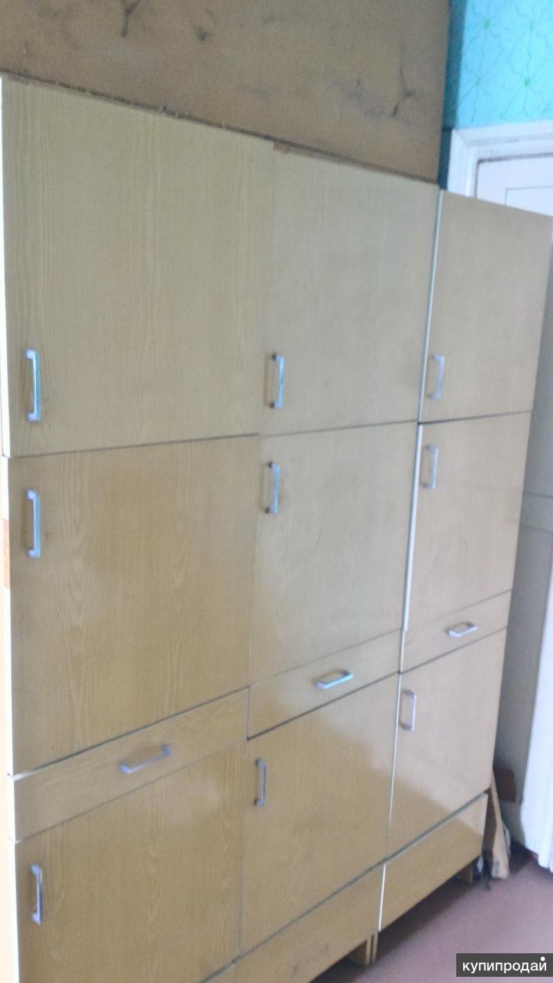 Шкаф-пенал для кухни или прихожей