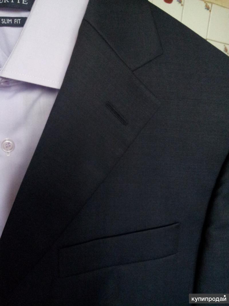 Пиджак, 100% шерсть,подкладка: вискоза, цвет- тёмно синий