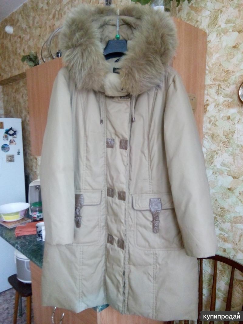 Женское пуховое пальто , 50 размер, ( цвет олива).