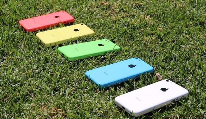 Новогодние цены на iPhone 5S, 5C, 5