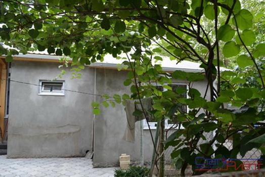 Квартиры и частные дома в сухуми продажа