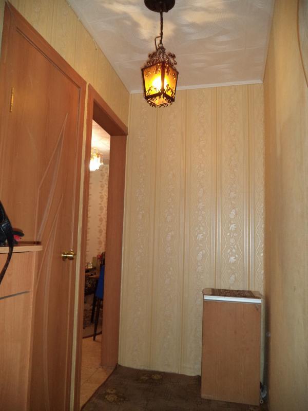 чистая светлая квартира!!! косметический ремонт!!!