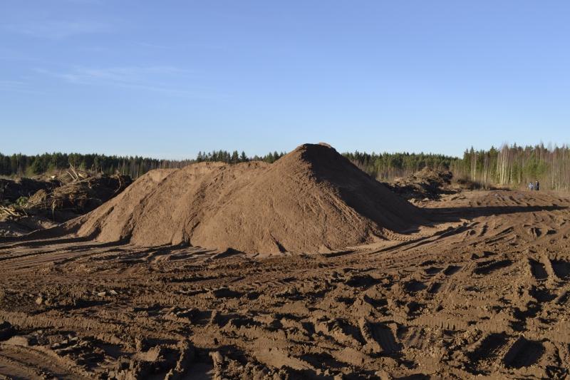 Песок строительный карьерный в Волховском районе