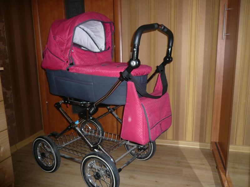 продаём детскую коляску бу недорого