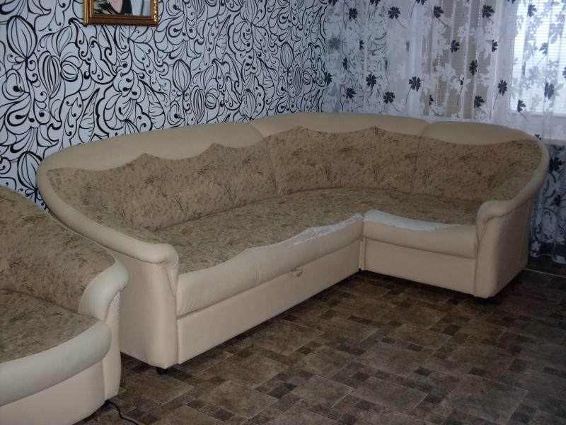 продам мягкий угловой диван+кресло