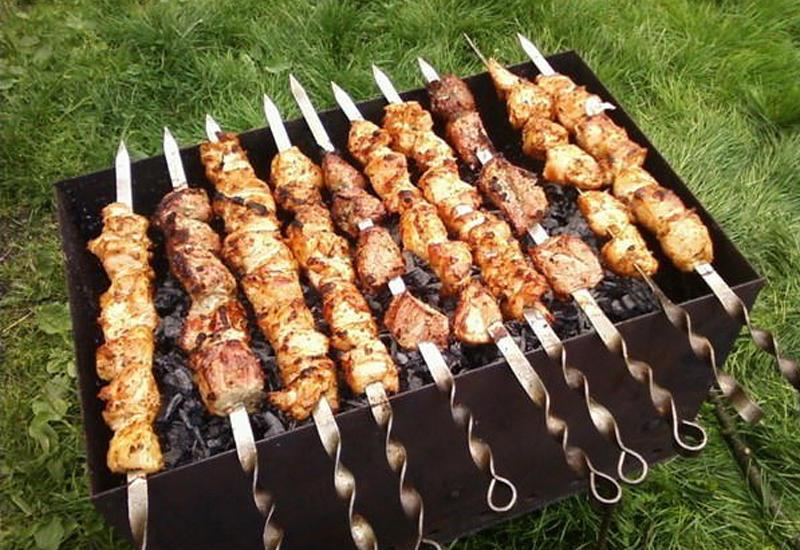 Мясо говядины, свинины, баранины, масло, мед.