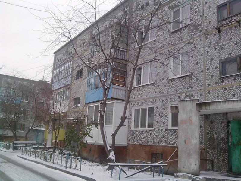 Продам 4-х комн квартиру в с.Морозовка