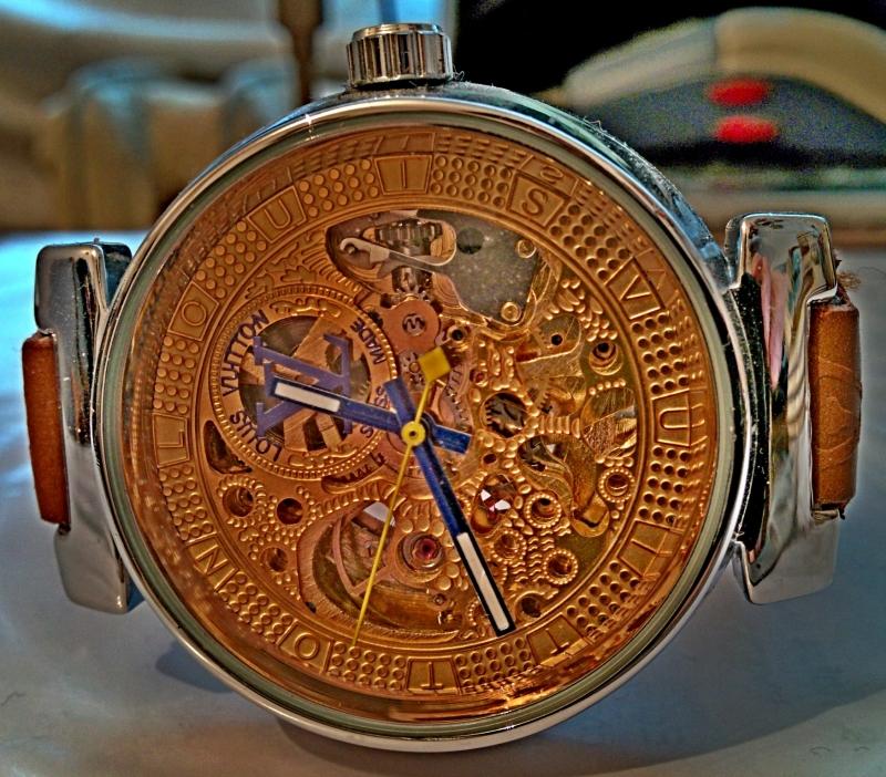 Часы срочно продам ломбарде часы приобрести недорогие в