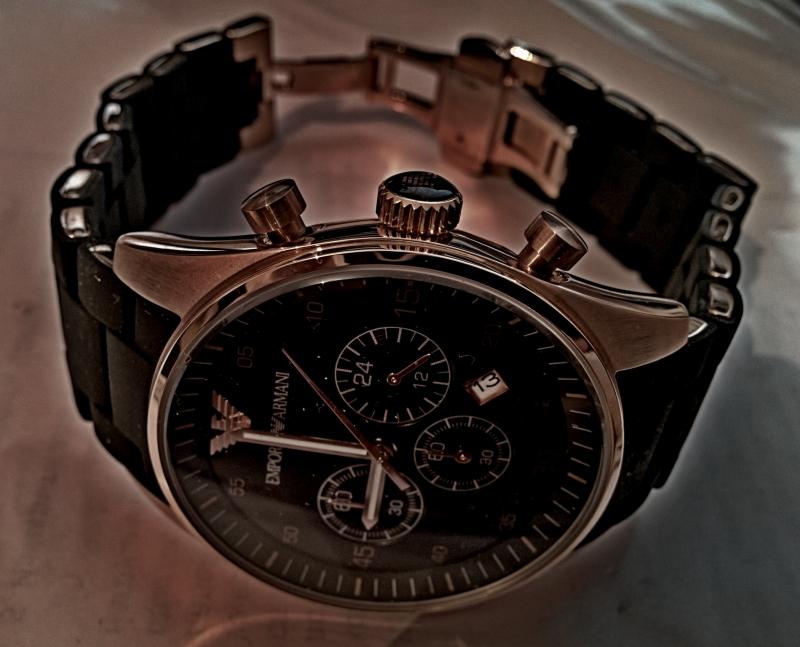 Срочно часы продать часы в керчи продать