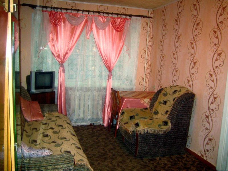 Квартира посуточно возле МИИТа в Ярославле