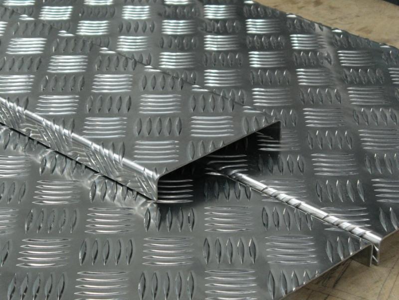 """Рифленый алюминиевый лист """"Квинтет"""" 1,5х1200х3000"""