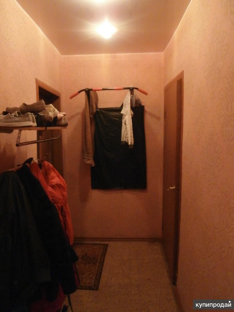 Продается двухкомнатная квартира в центре города, на Советской 47