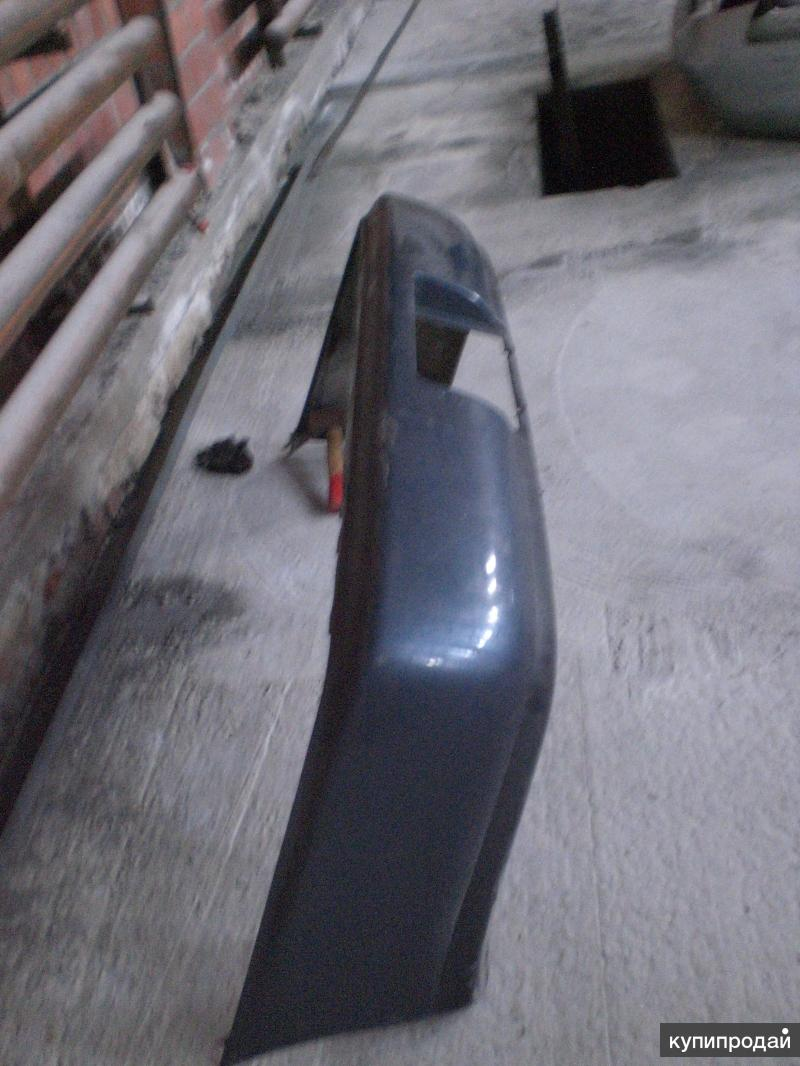 Бампер задний Toyota Corolla E10 92-97