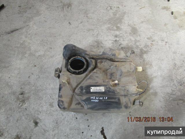 Топливный бак  Ford Focus II 1.8 05-08