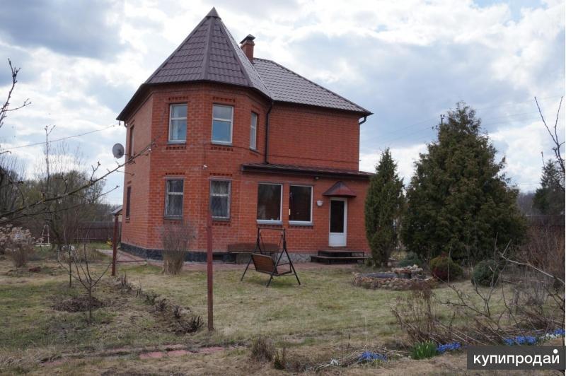 Продам дом в деревне, 190 кв.м., кирпичный