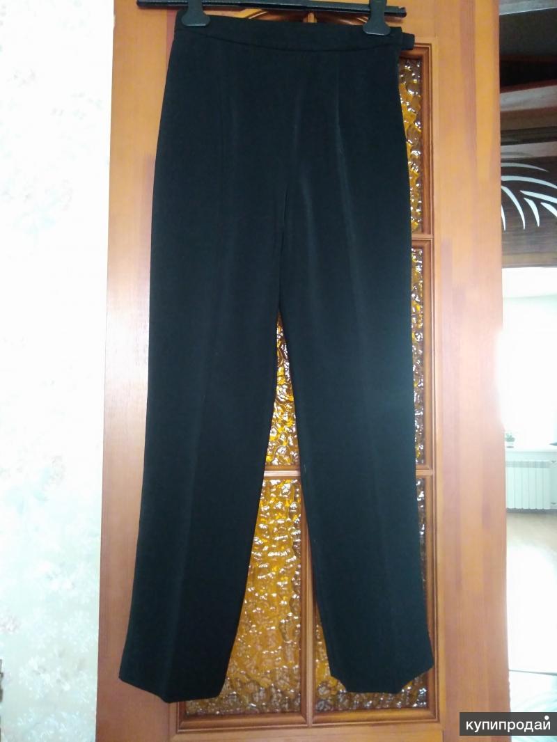 Женские классические брюки прямого кроя
