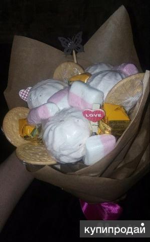 Букеты из конфет, фруктов, мармелада и цветовз