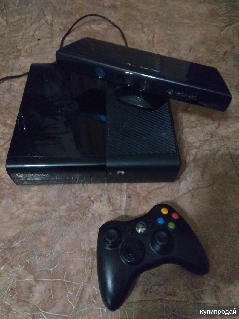 Xbox 360 и 11 игр.