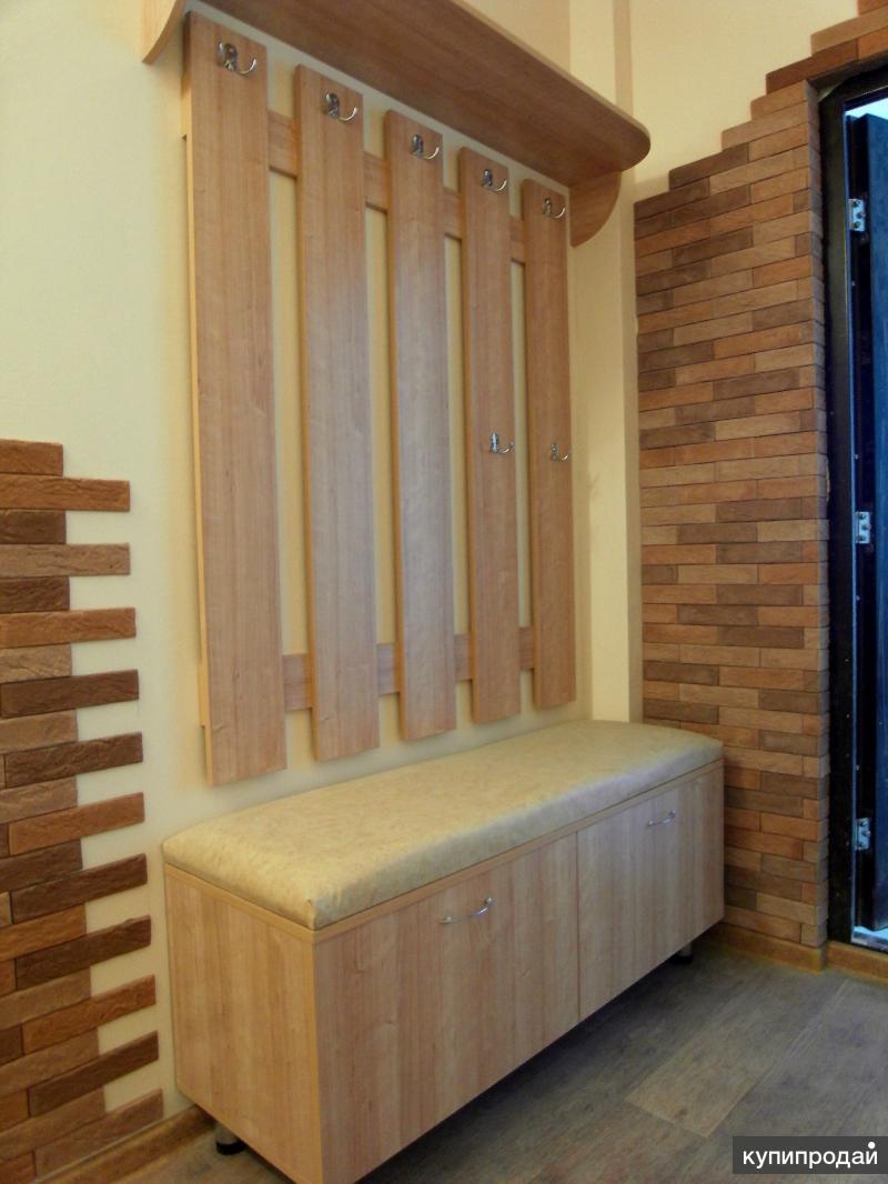 Мебель для прихожей (шкаф, вешалка, зеркало)