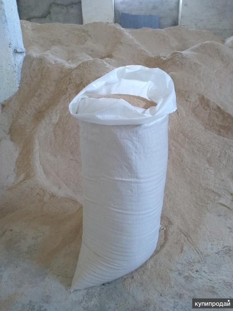 Отруби пшеничные 25 кг в белых мешках.