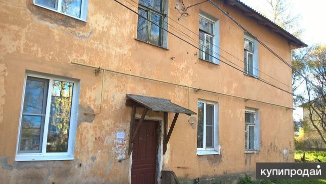 2-комнатная благоустроенная квартира на улице Лесная в городе Малая Вишера