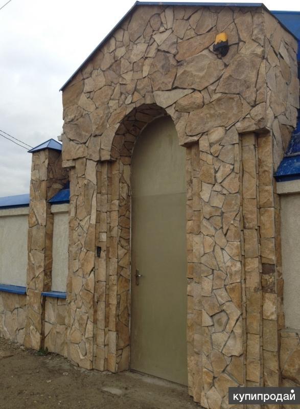 Отделка стен здания натуральным камнем