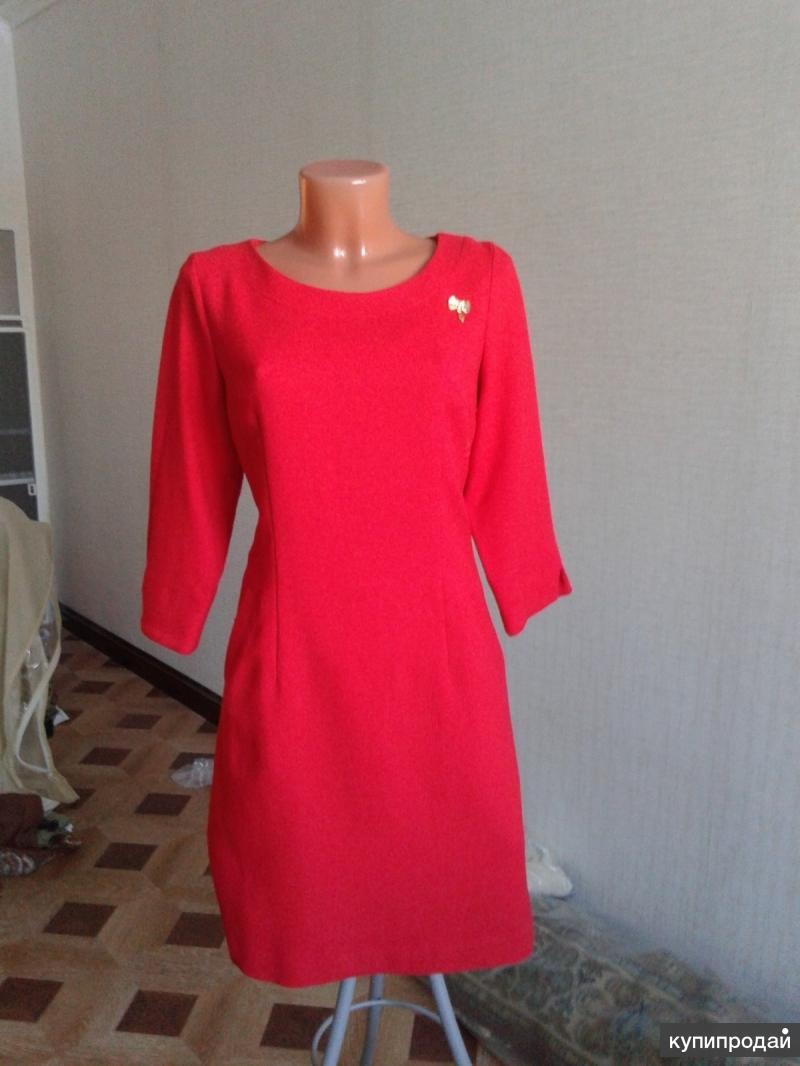 Нарядное красное платье  из льна на подкладе, размер 44-46,