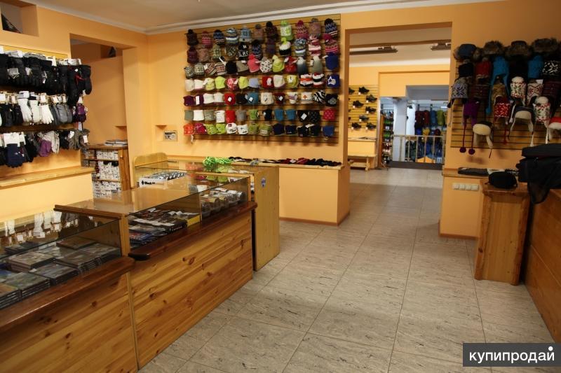 """Продаётся помещение магазина """"Альпиндустрия"""", 820 кв.м."""