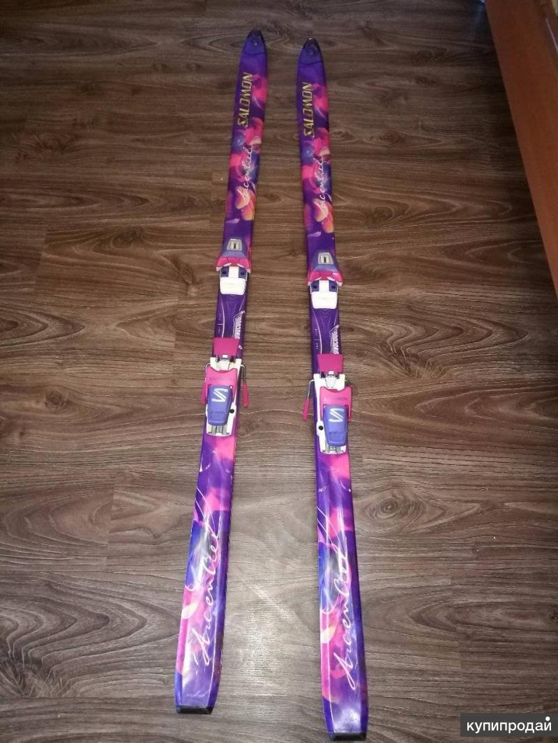 Лыжи Salomon без палок + чехол. в отличном состоянии!