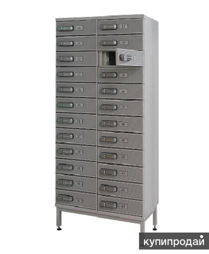 Шкафы PUNTA LK12 с подзарядкой мобильных устройств