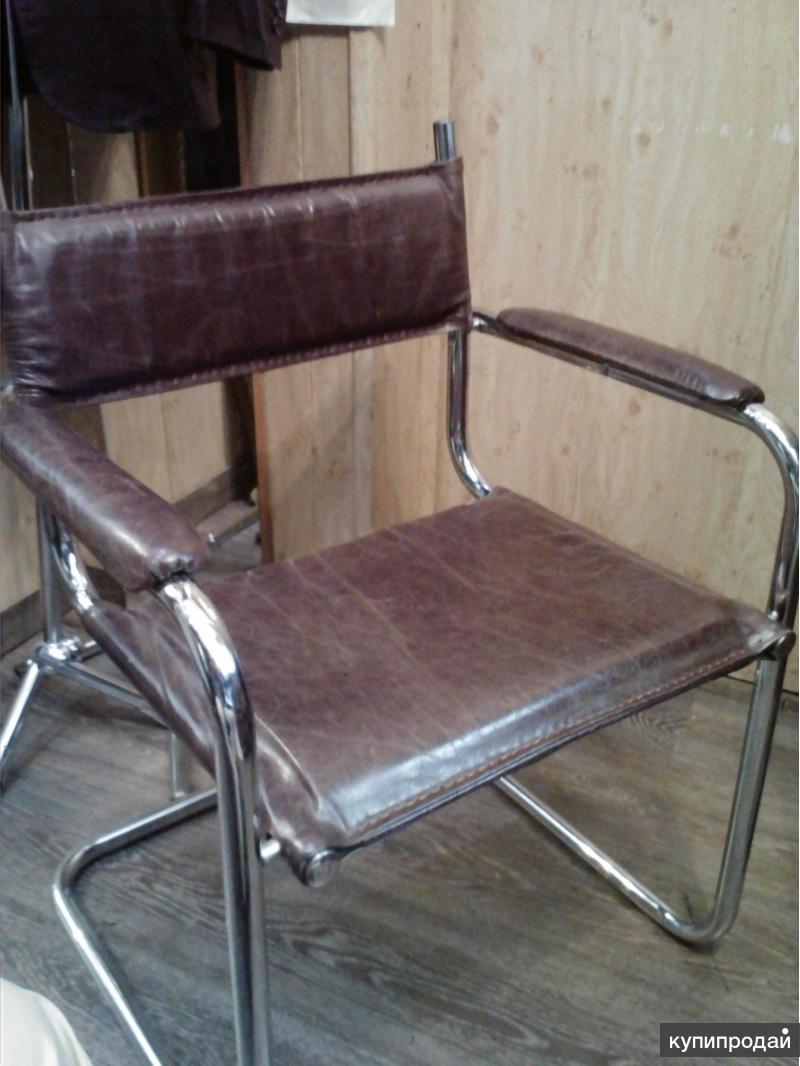 Перетяжка и реставрация мягкой мебели.
