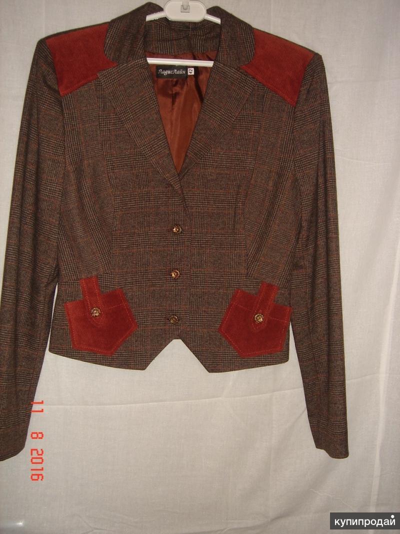 Продаю новый пиджак с шортами.