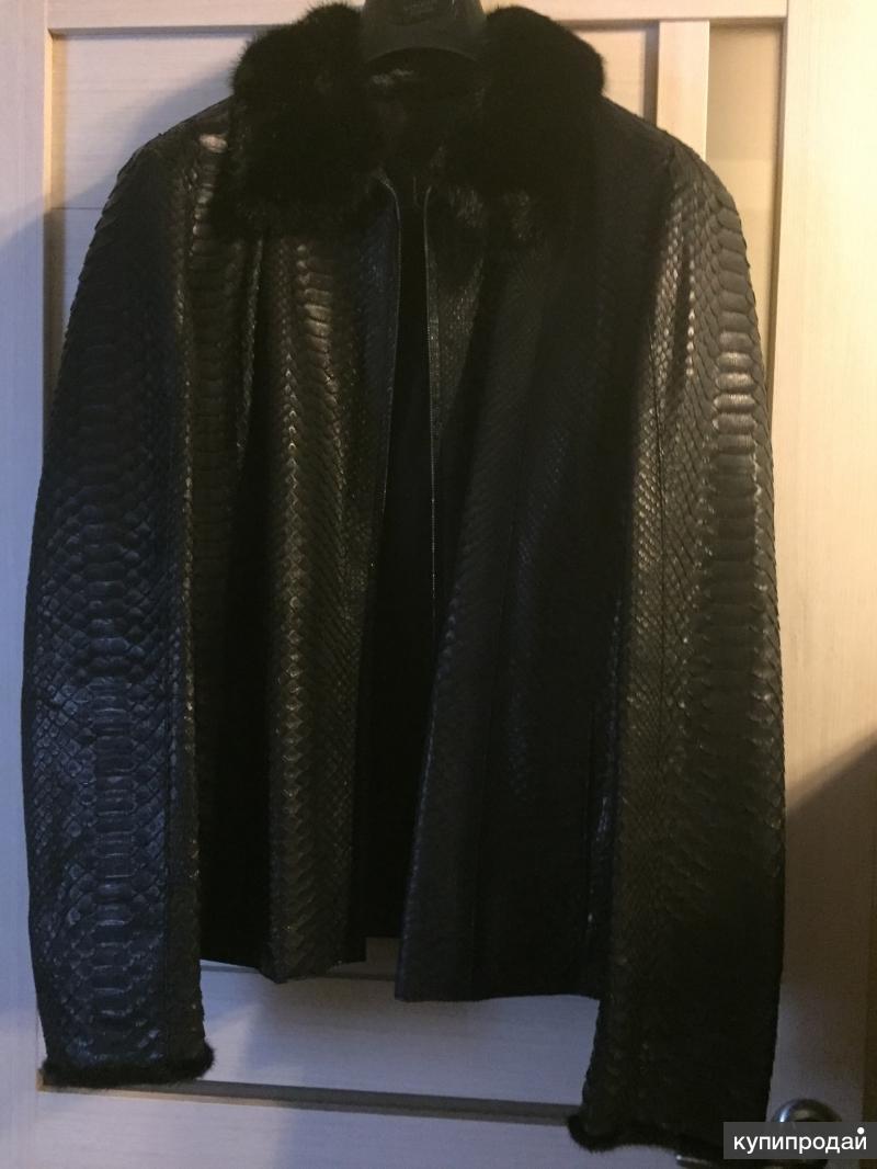 Кожаная куртка из кожи питона