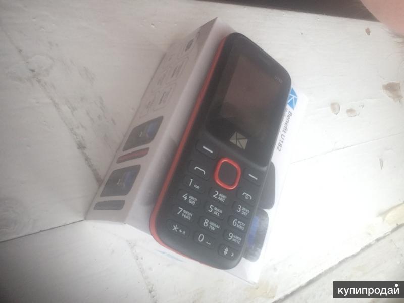 Телефон Benefir U182