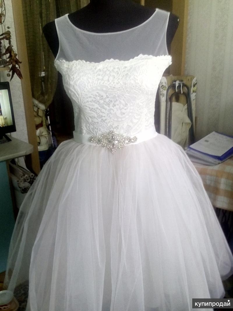 Платье свадебное (новое), р. 44-46