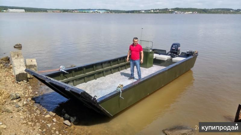 Грузовой катер-лодка с аппарелью под мотор