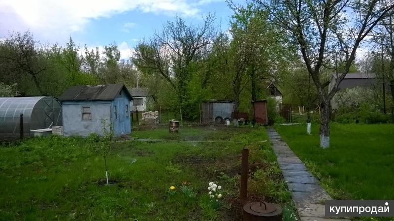 Продается садовый земельный участок и тесовый домик