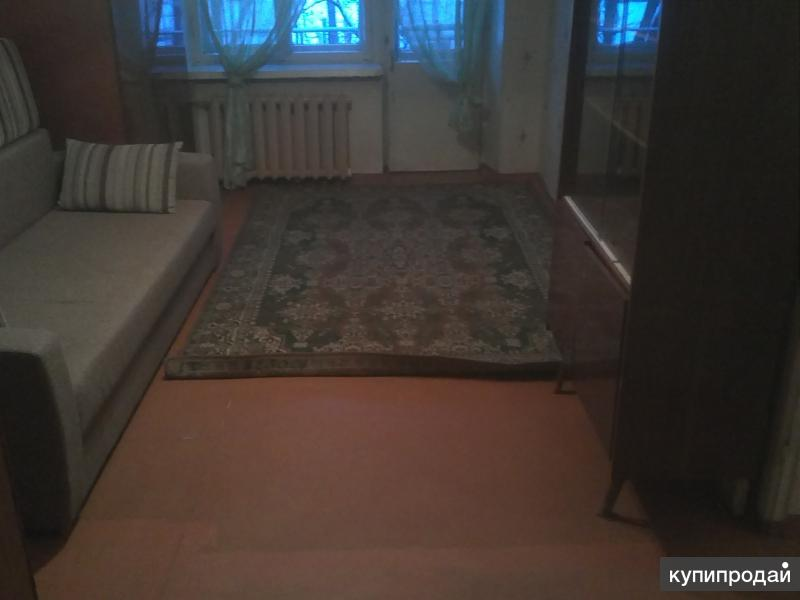 продам 2х комнатную квартиру в кировском районе