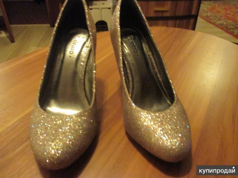 Туфли золотистые б/у р.35,5