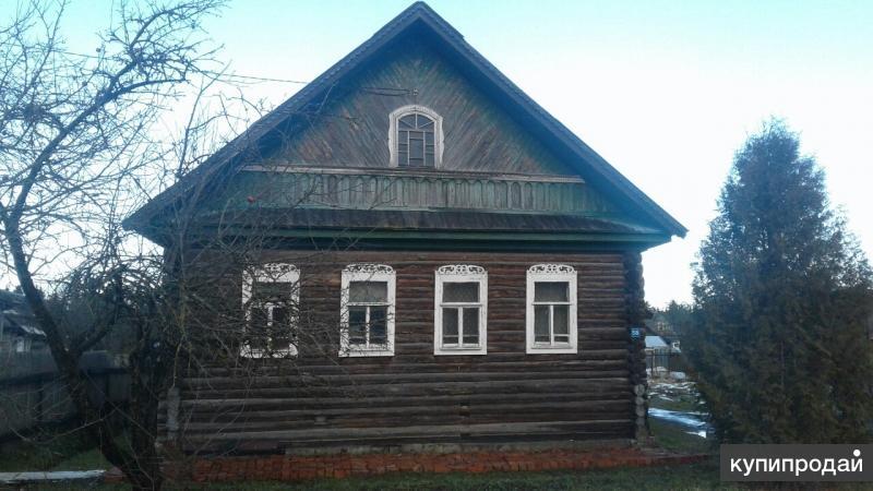 Дом в п.Батецкий